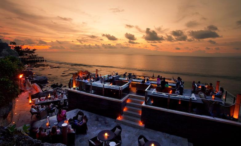 sunset-rockbar-photo-wwwayanaresortcom21